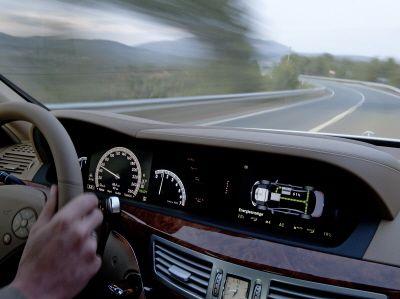 Screendesign Hybrid S-Klasse Mercedes